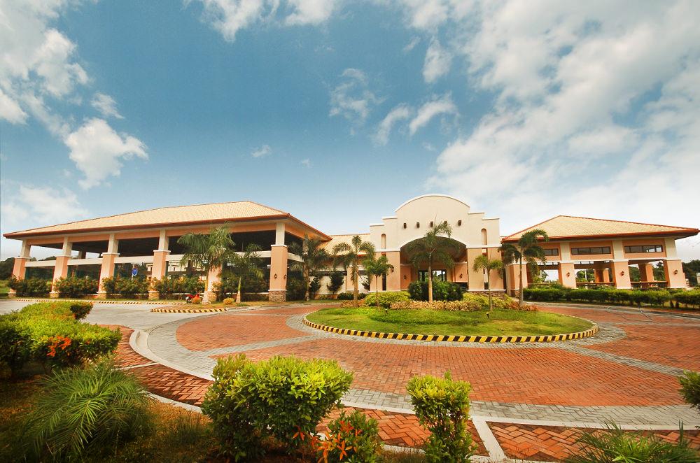 Grand Villas Bauan by Sta Lucia Land Inc
